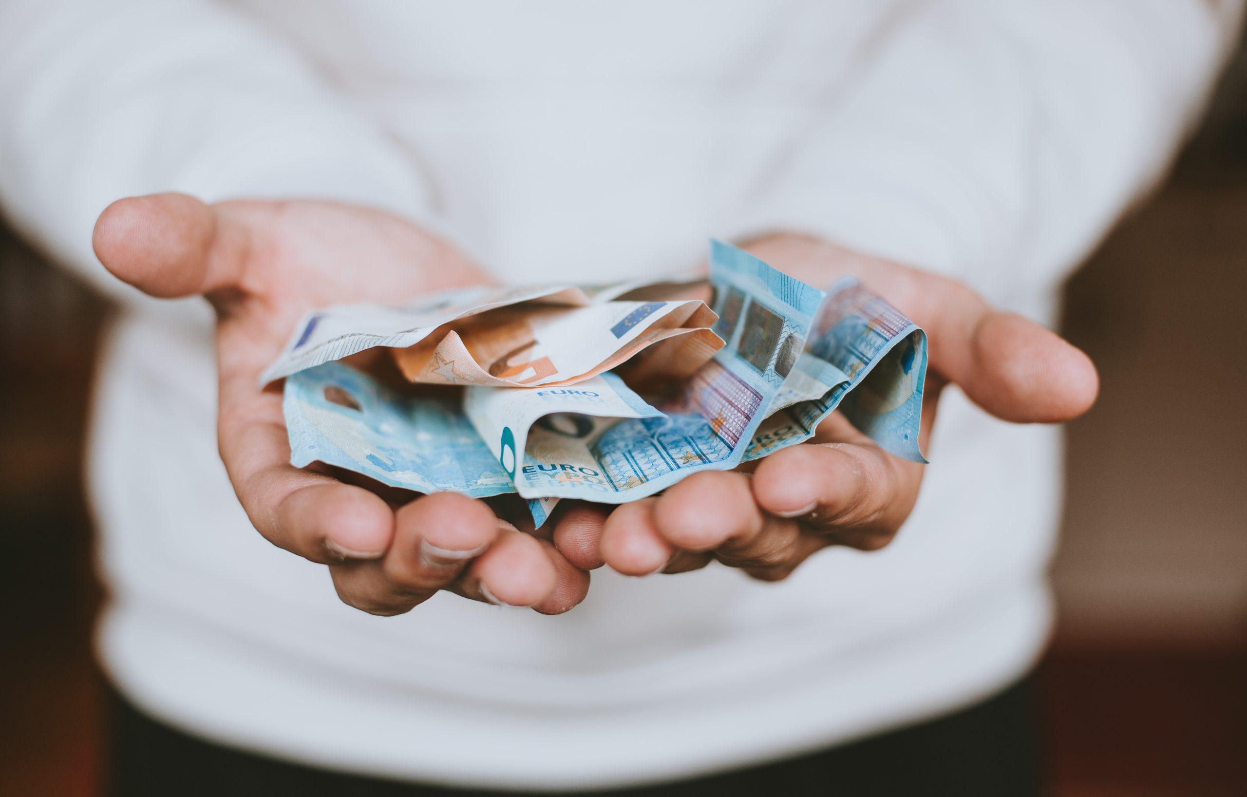 お金持ちになれるかどうか分かるテスト【90%が庶民の回答をします】